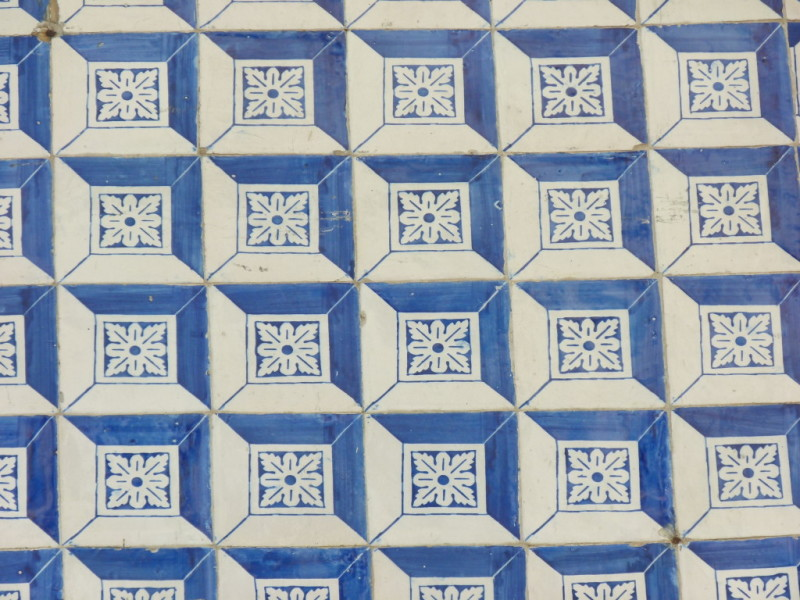 antique tile lisbon