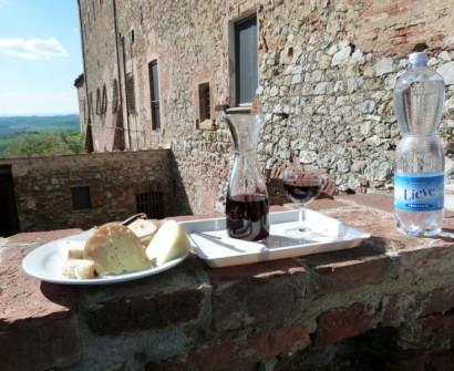 Tuscany, Pienza agriturismo Italy Sant' Anna Di Camprena wine cheese shopping souvenir