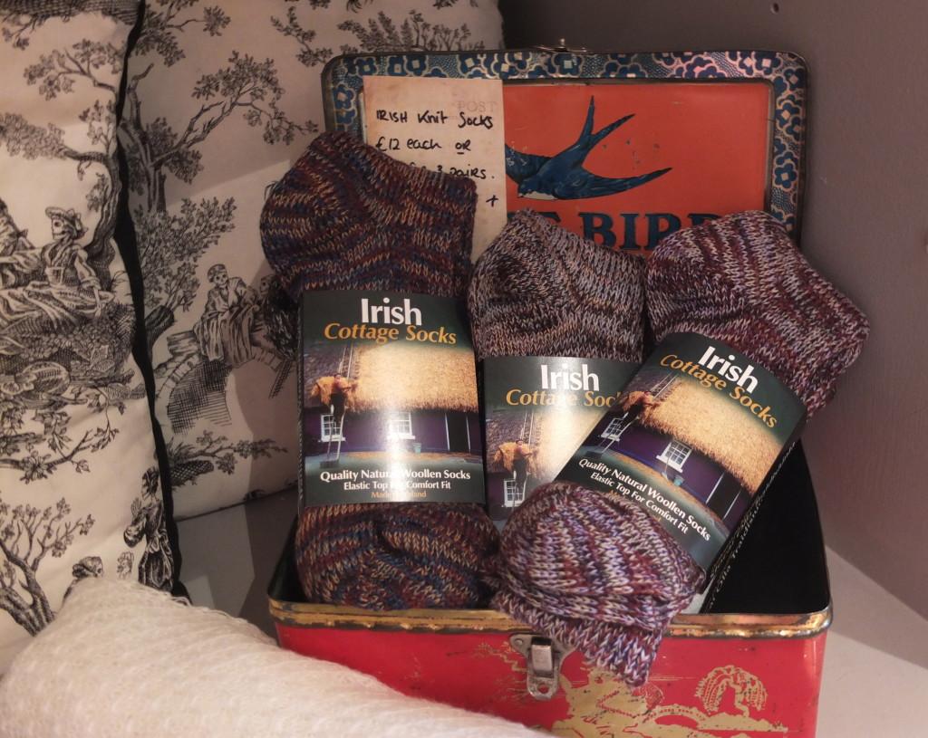 souvenir shopping dublin powerscourt center bow irish socks