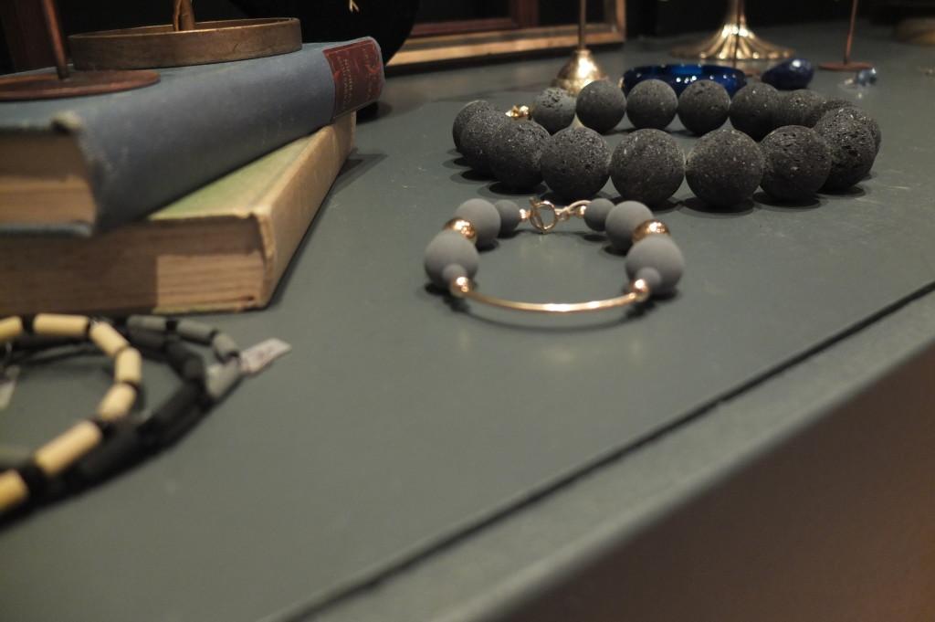 souvenir shopping dublin powerscourt center bow jewelry
