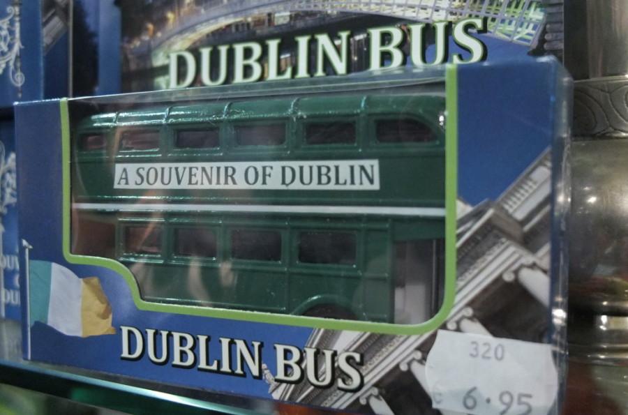Dublin attractions Dublin Trinity College shop souvenir
