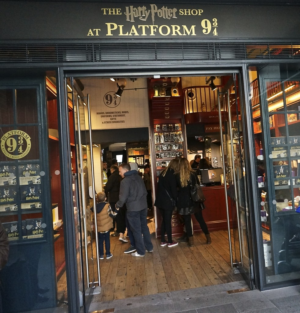 Harry Potter gift shop at platform 9 3/4 Kings Cross station London