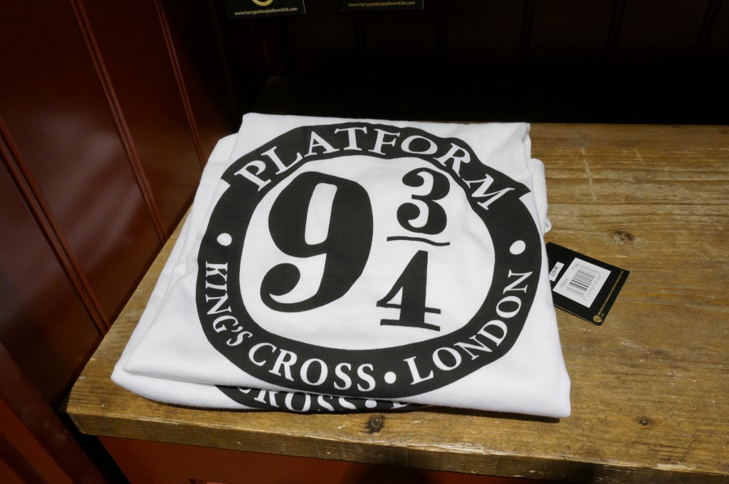 Harry Potter t shirt 9 3/4 Harry Potter gift souvenir shop Platform 9 3/4 London Kings Cross