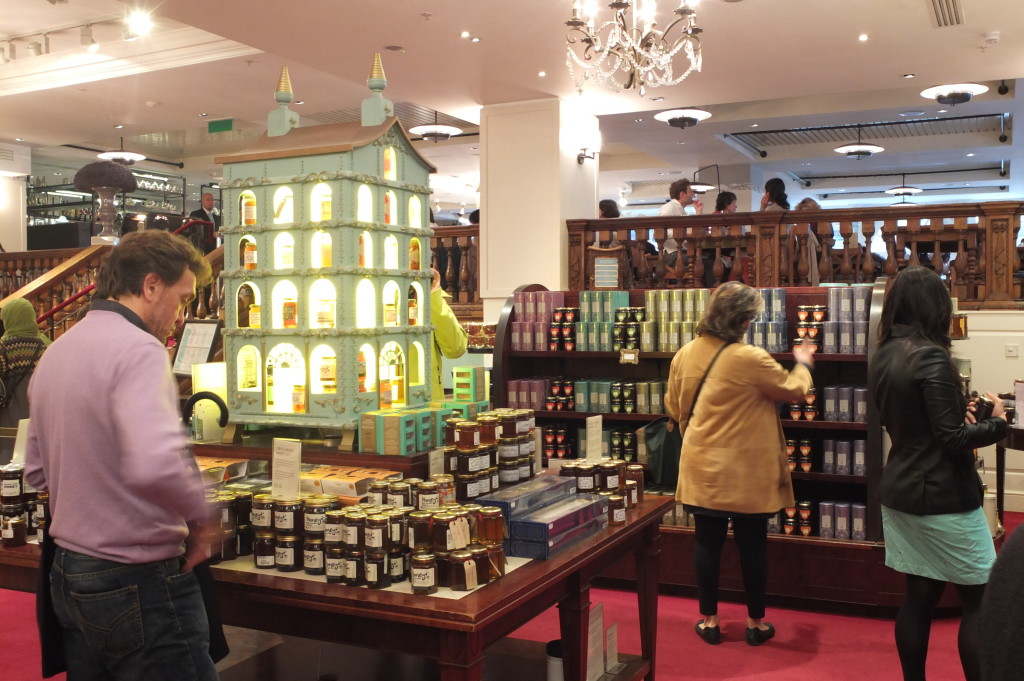 what to buy fortnum and mason London picadilly