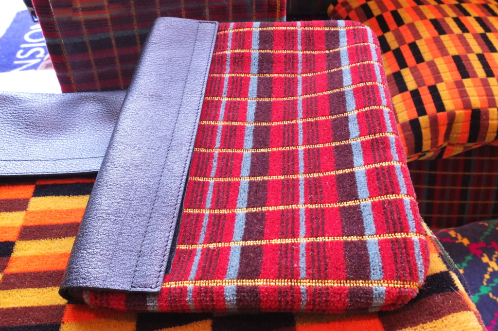 london transport museum gift shop souvenir moquette ipad case