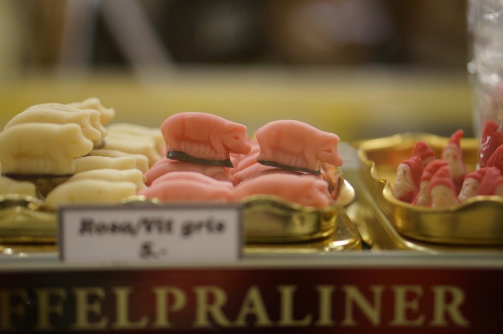 swedish pigs candy