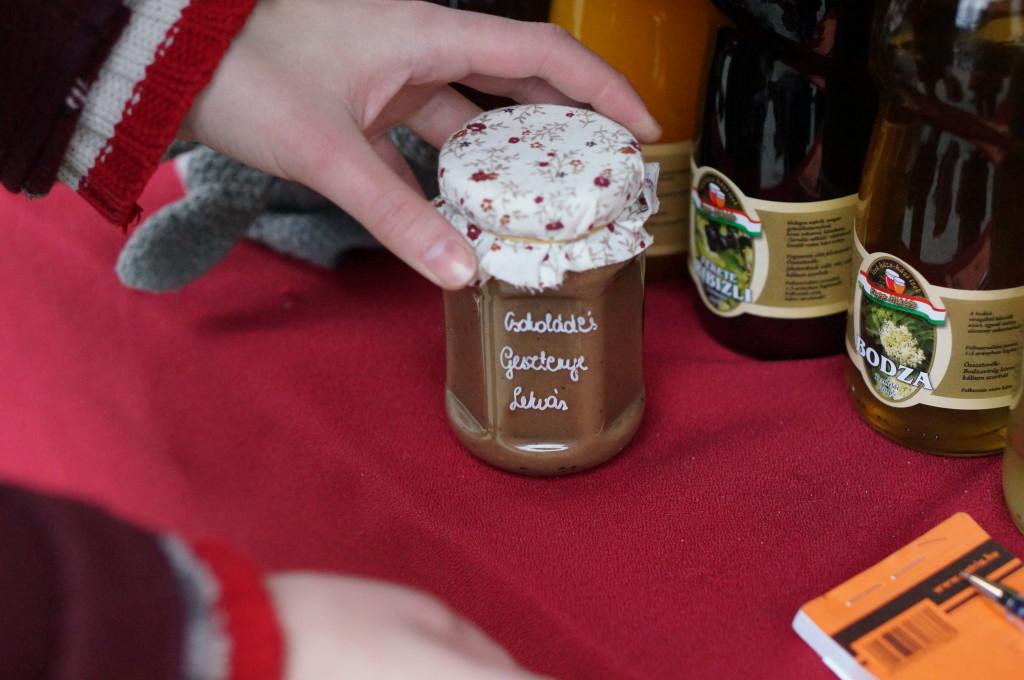 budapest souvenir hungarian chestnut jam handmade craft christmas market fair