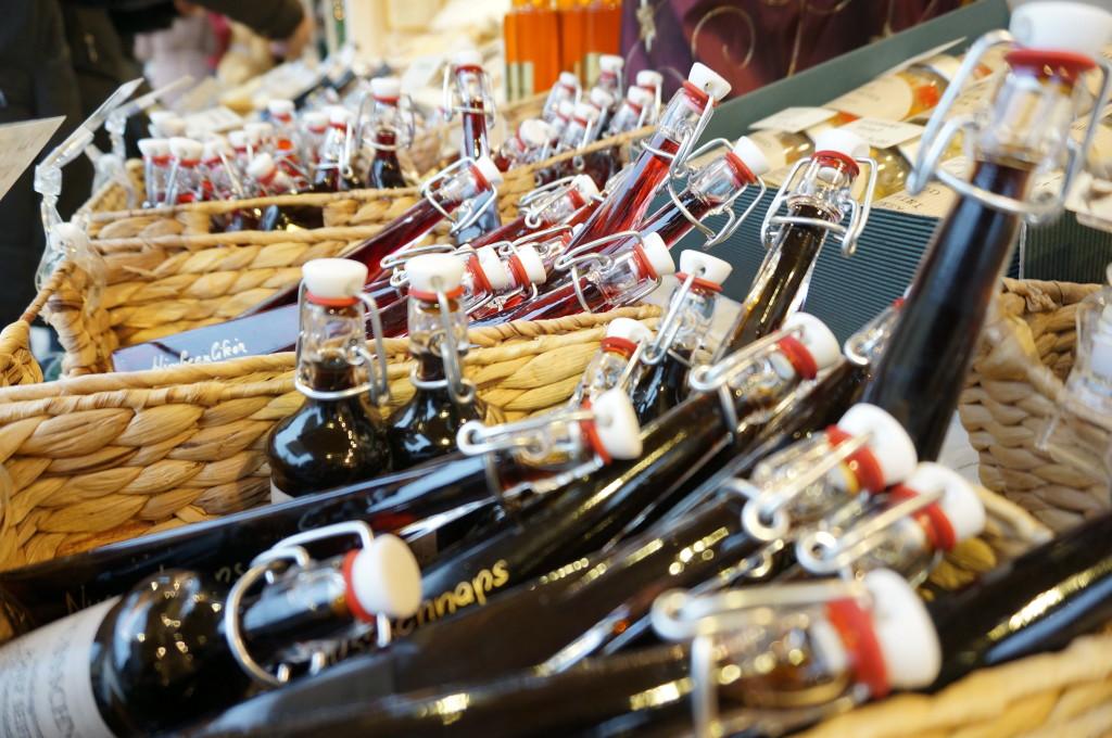 austria vienna gifts schanpps Schonbrunn Palace Christmas Market Vienna