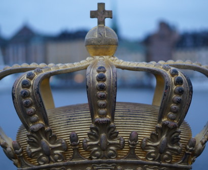 swedish crown on bridge