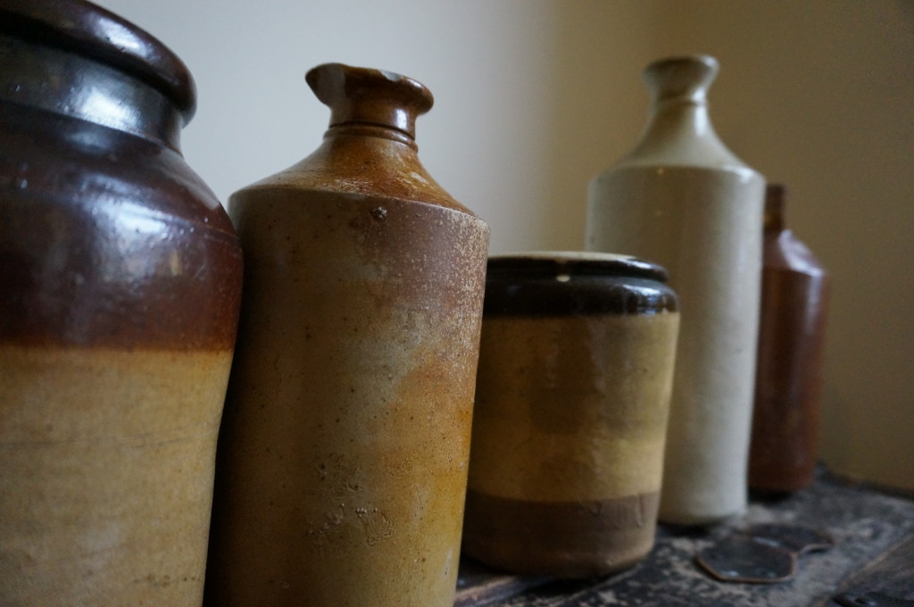royal mile antique shops jugs jars