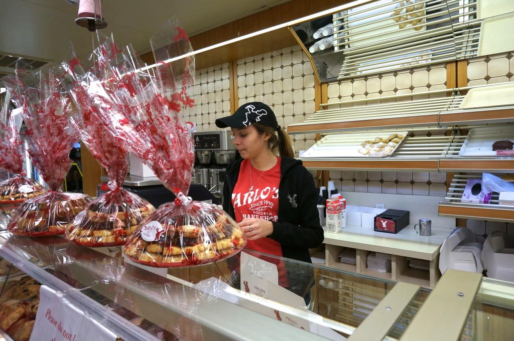 cake boss staff works carlo's bake shop