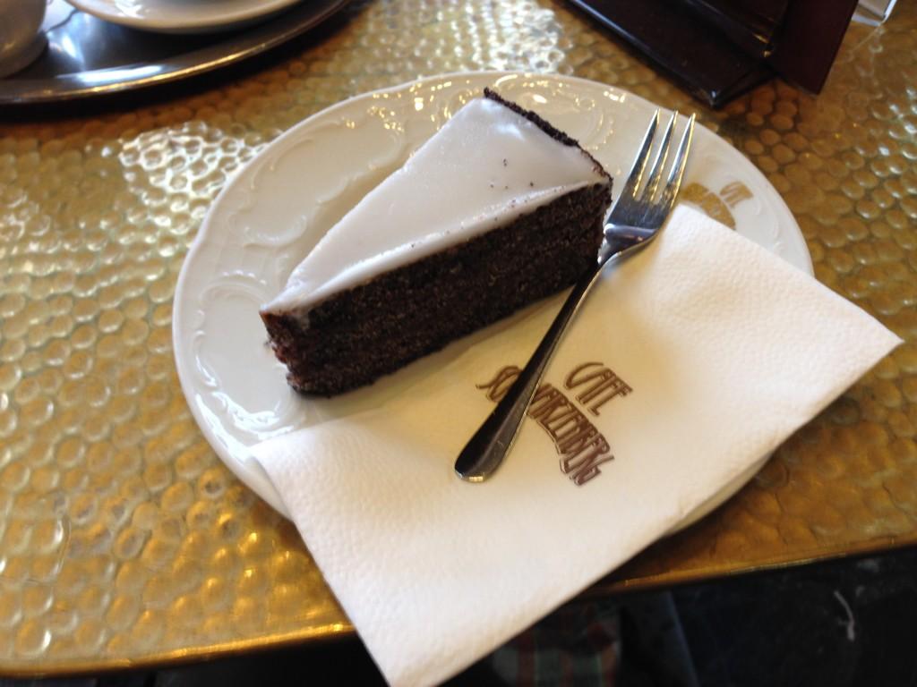mohn cake poppy cake vienna cafe