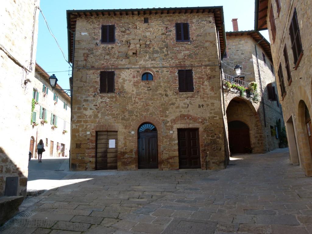 best italian hilltown val d'orcia