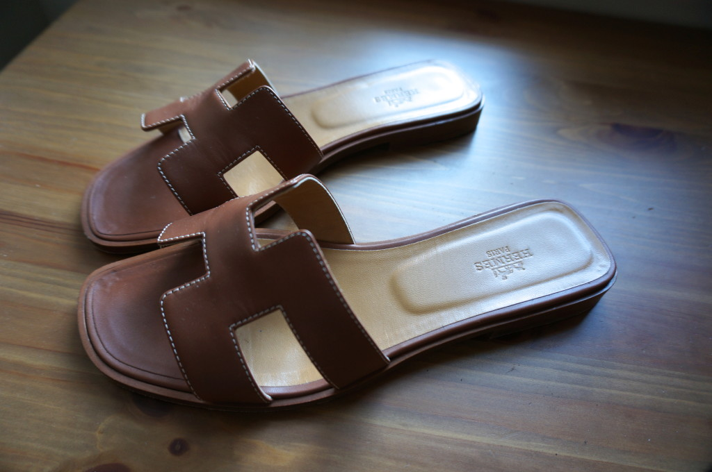 hermes oran sandal tan