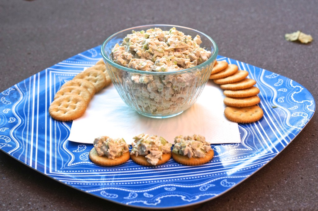 chicken salad with ritz crackers