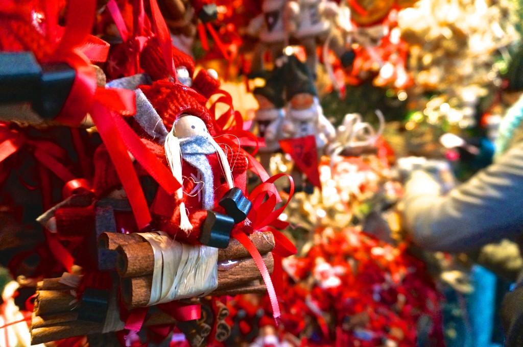 Handmade christmas ornament vienna austria stephansplatz christmas market