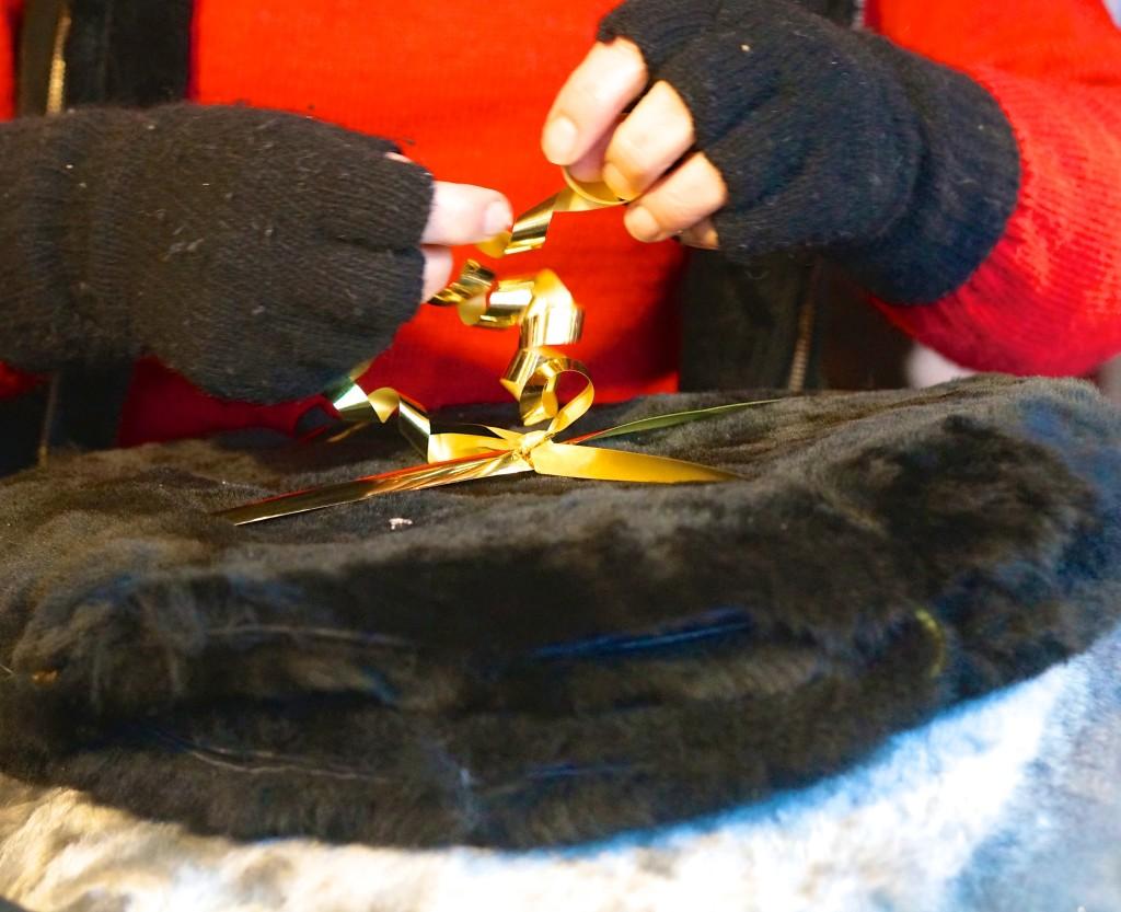 Kungstradgården Christmas market hand warmers stockhom fur