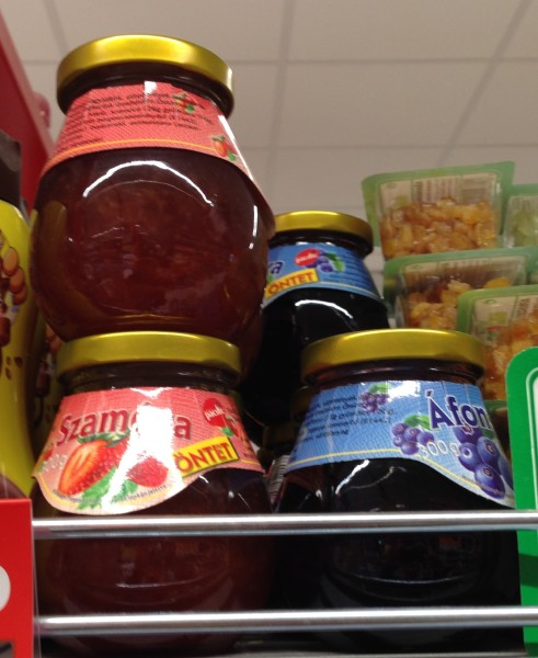Popular Hungarian jam flavors include strawberry, cherry, prune and currant.