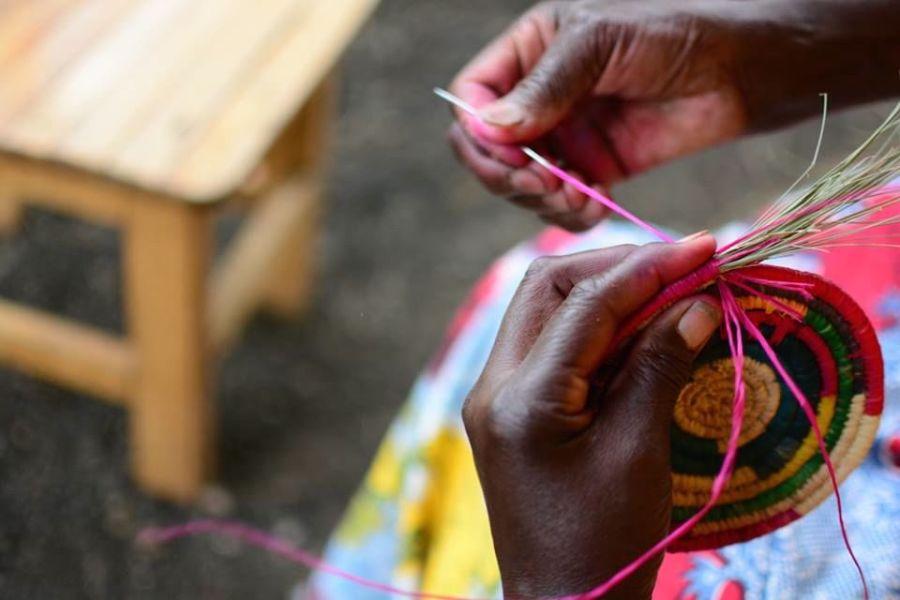 rwanda weaving souvenir basket