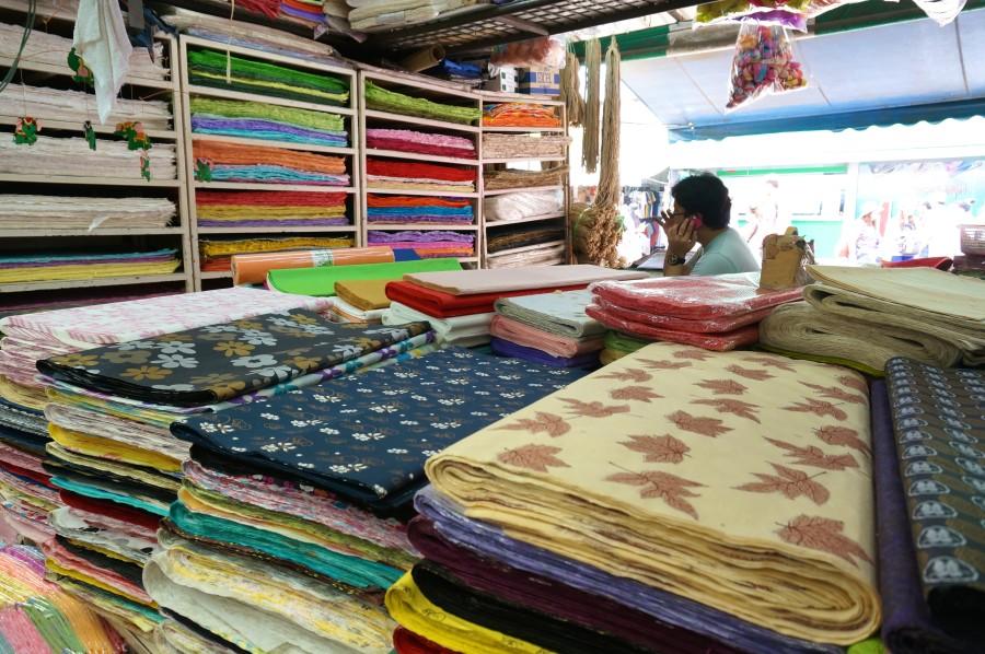 jj market chatuchak weekend stalls shopping bangkok handmade paper