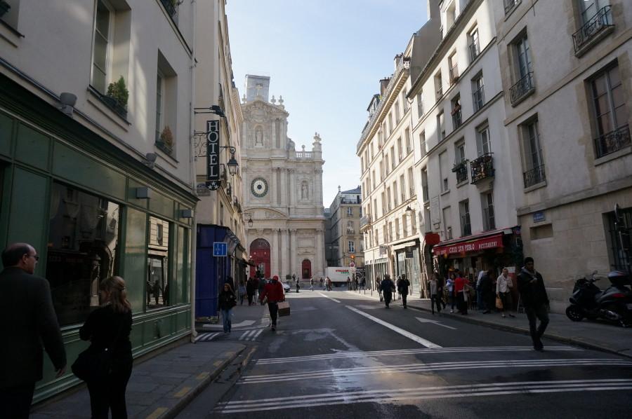5f316c33fd shopping street Marais rue de Sévigné cute inexpensive