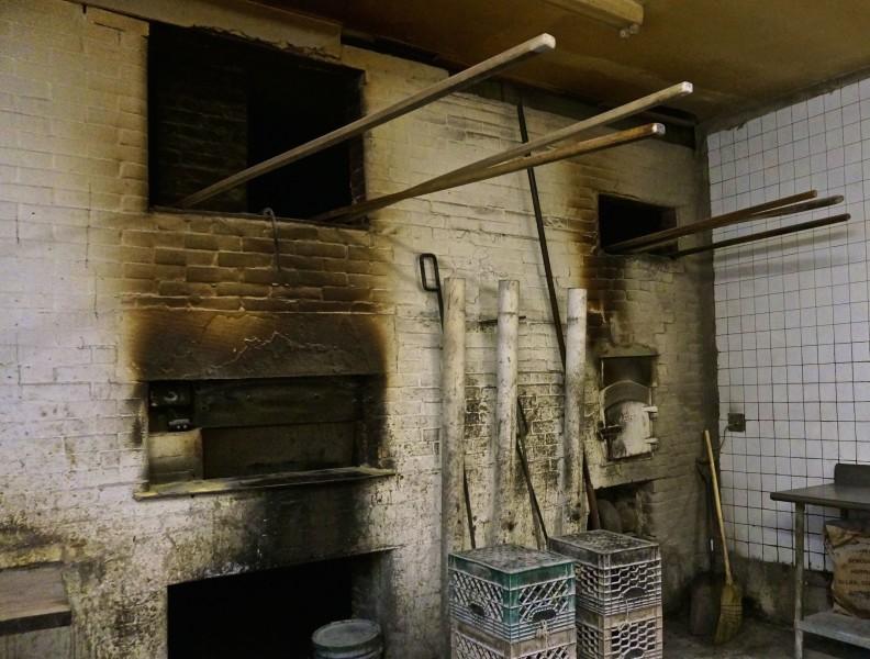 dom's hoboken coal oven bread