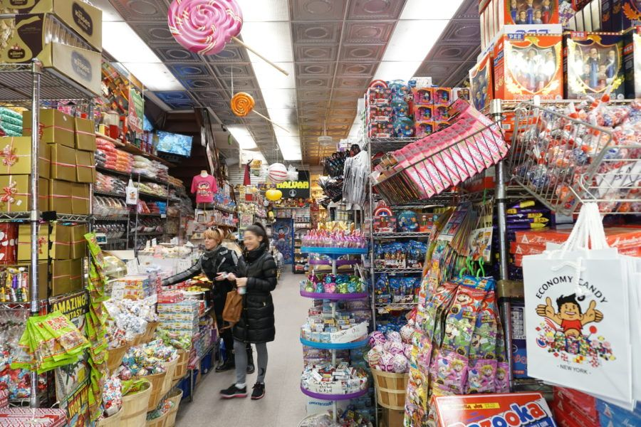 economy candy inside store nyc
