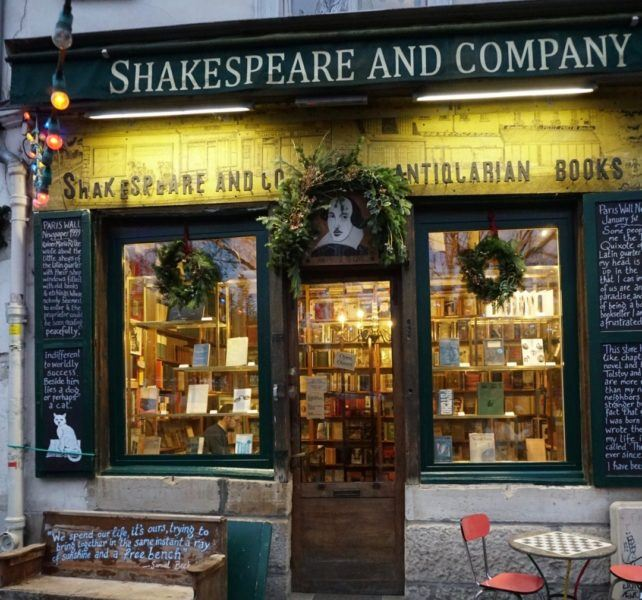 shakespeare company shopfront paris