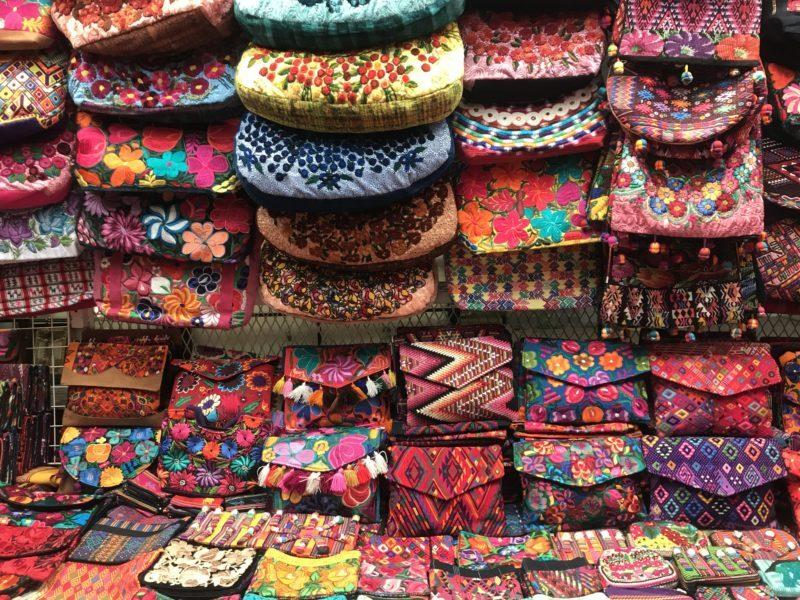 embroidered handbags mexico city market shopping bargain La Ciudedela