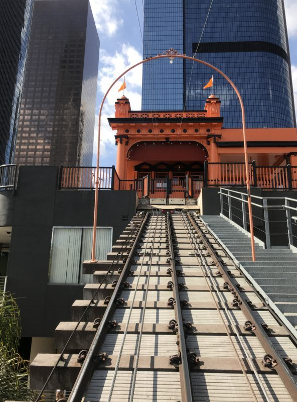 riding track angel's flight funicular
