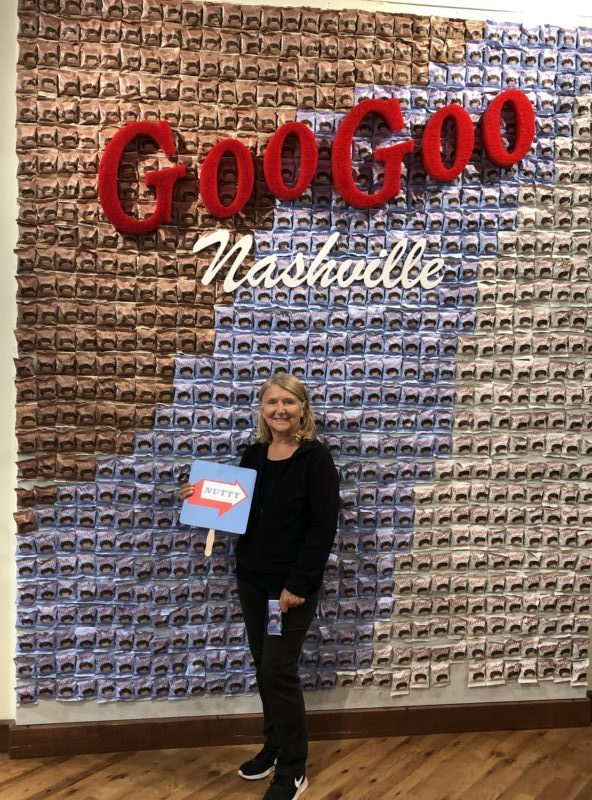goo goo store nashville instagram photo opp