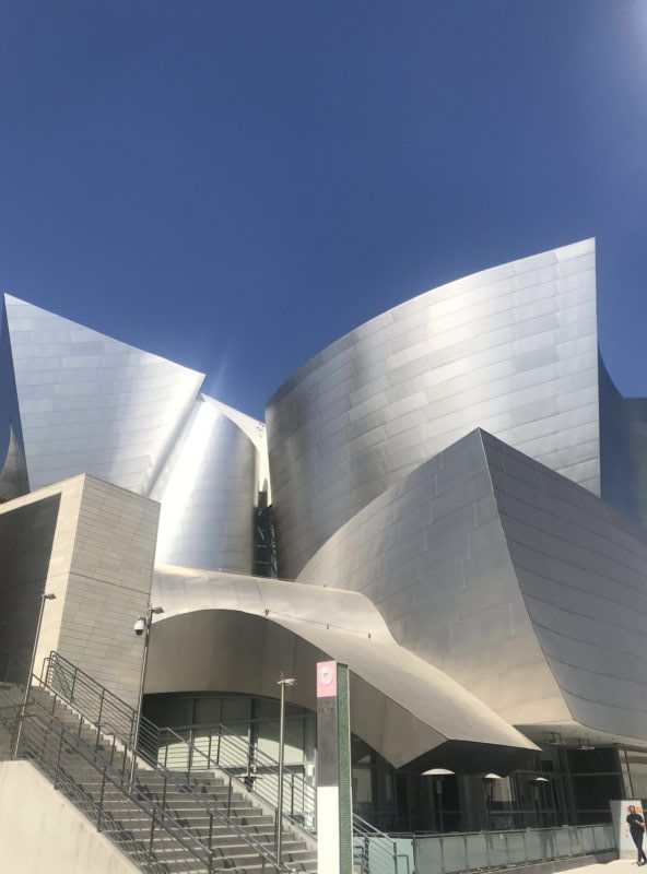 Gehry's Walt Disney Concert Hall photos los Angeles DTLA